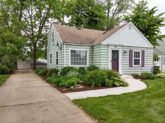 741 N 112th St, Wauwatosa, WI 53226 (#1636375) :: eXp Realty LLC