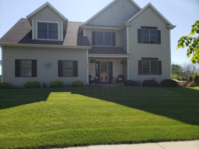 1625 Aster St, Port Washington, WI 53074 (#1638961) :: RE/MAX Service First Service First Pros