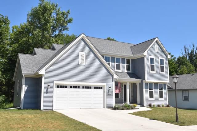 N174W20332 Creekside Dr, Jackson, WI 53037 (#1651937) :: Tom Didier Real Estate Team