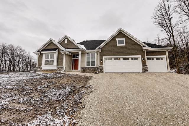 3016 Oakcrest Dr, Dover, WI 53139 (#1661159) :: RE/MAX Service First Service First Pros