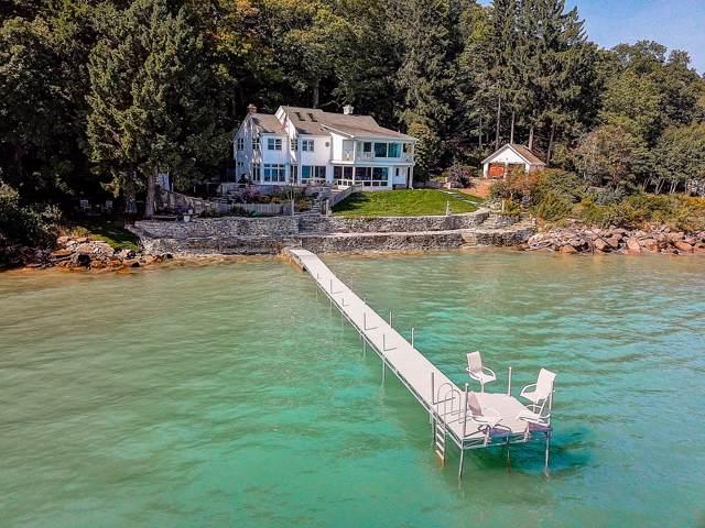 7000 N Beach Dr, Fox Point, WI 53217 (#1662829) :: Tom Didier Real Estate Team