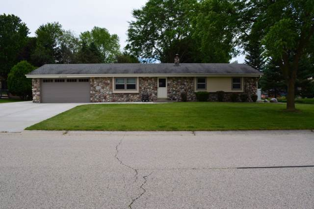 N70W23819 Prides Rd, Sussex, WI 53089 (#1667868) :: Keller Williams Realty - Milwaukee Southwest