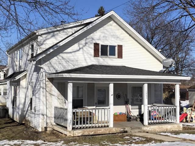1222 11th Ave, Union Grove, WI 53182 (#1675269) :: Keller Williams Momentum