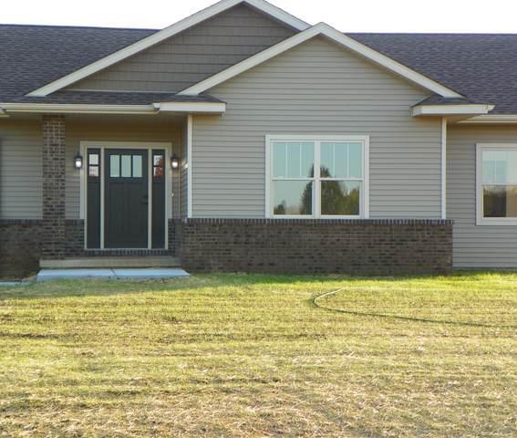 37489 91st St, Randall, WI 53181 (#1675891) :: Tom Didier Real Estate Team