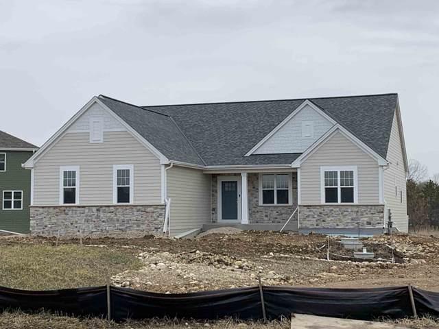 2595 Backwoods Cir, Slinger, WI 53086 (#1676621) :: OneTrust Real Estate