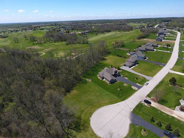 201 Cypress Pt, North Prairie, WI 53153 (#1676861) :: RE/MAX Service First