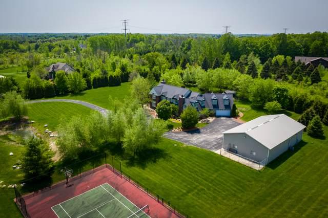 2693 County Road I, Saukville, WI 53080 (#1676966) :: Tom Didier Real Estate Team