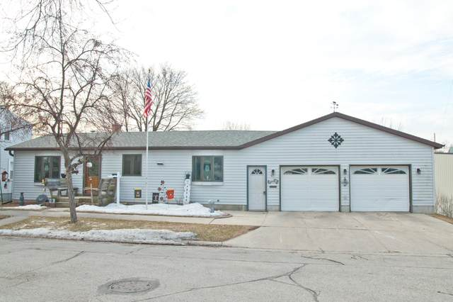 421 Jackson St, Sheboygan Falls, WI 53085 (#1679359) :: RE/MAX Service First Service First Pros