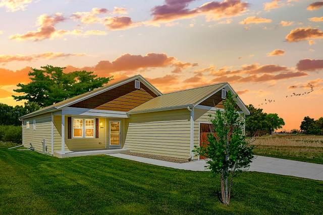 1884 Farm View Dr, Port Washington, WI 53074 (#1689548) :: NextHome Prime Real Estate