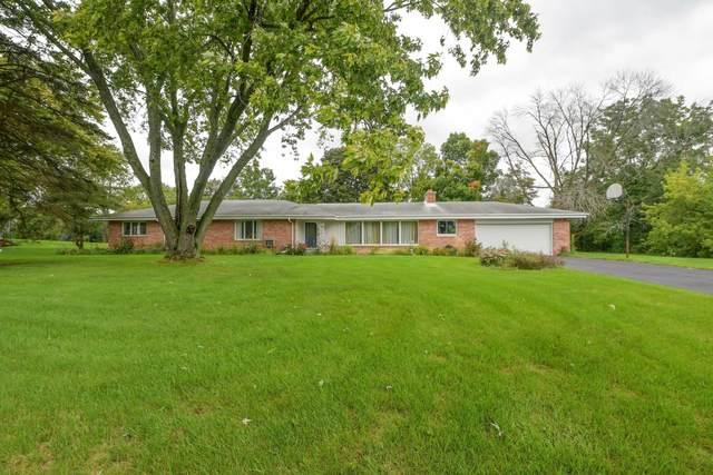 18360 Benington Dr, Brookfield, WI 53045 (#1708132) :: RE/MAX Service First Service First Pros
