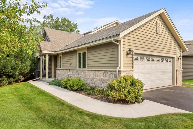 N24W24070 Saddle Brook Dr A, Pewaukee, WI 53072 (#1710333) :: OneTrust Real Estate