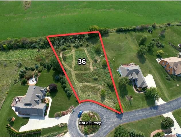 2055 Lower Ridge Rd, Port Washington, WI 53074 (#1710892) :: Tom Didier Real Estate Team