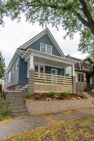 2221 E Oklahoma Ave, Milwaukee, WI 53207 (#1712861) :: OneTrust Real Estate