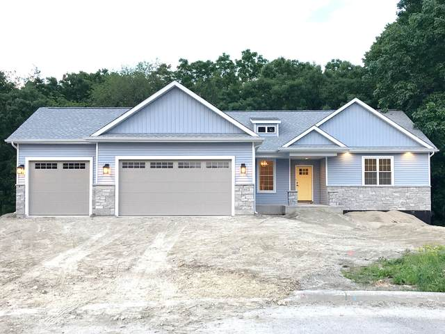 715 Evergreen Dr, Brownsville, WI 53006 (#1725351) :: OneTrust Real Estate
