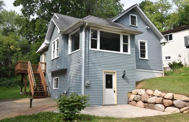 8030 Fishman Rd, Burlington, WI 53105 (#1743677) :: OneTrust Real Estate