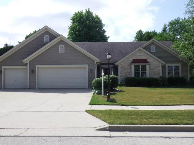 1631 Auburn Ct, Waukesha, WI 53189 (#1746691) :: Keller Williams Realty - Milwaukee Southwest