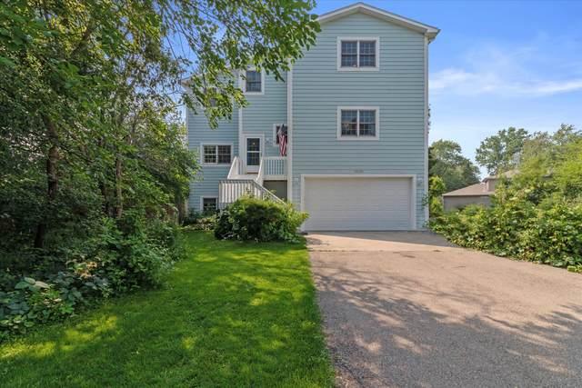 11132 3rd Ave, Pleasant Prairie, WI 53158 (#1752253) :: Tom Didier Real Estate Team
