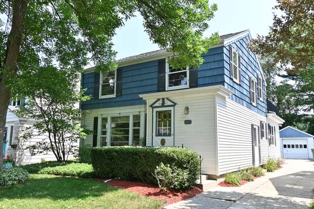 5154 N Idlewild Ave, Whitefish Bay, WI 53217 (#1754096) :: OneTrust Real Estate