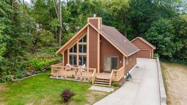 6824 N Tichigan Rd, Waterford, WI 53185 (#1754504) :: OneTrust Real Estate