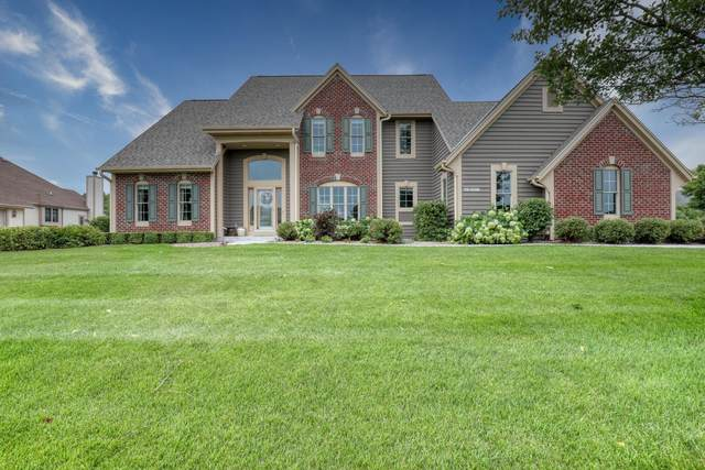 N41W28617 Imperial Dr, Delafield, WI 53072 (#1755102) :: RE/MAX Service First