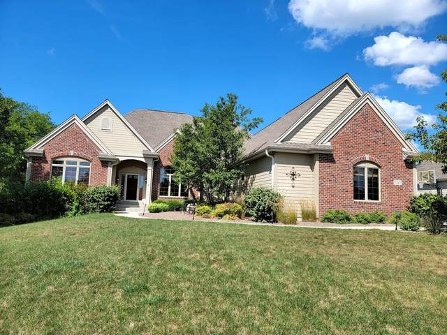 6145 S Conservancy Dr, New Berlin, WI 53151 (#1755870) :: RE/MAX Service First