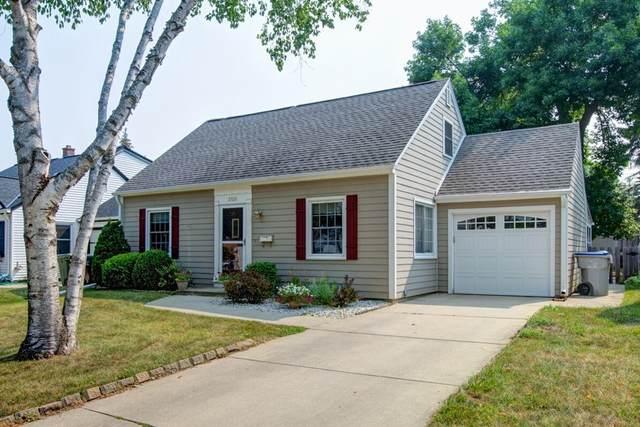 2928 S 52nd St, Milwaukee, WI 53219 (#1756459) :: Tom Didier Real Estate Team