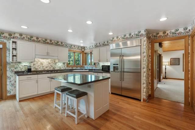 7100 Pioneer Rd, Cedarburg, WI 53012 (#1763344) :: OneTrust Real Estate