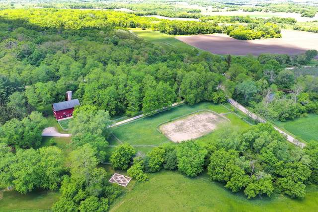 5985 Alvin Howe Rd, Lyons, WI 53105 (#1763497) :: Re/Max Leading Edge, The Fabiano Group