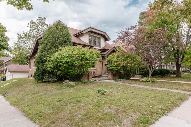 2205 N 60th St, Wauwatosa, WI 53208 (#1764800) :: RE/MAX Service First