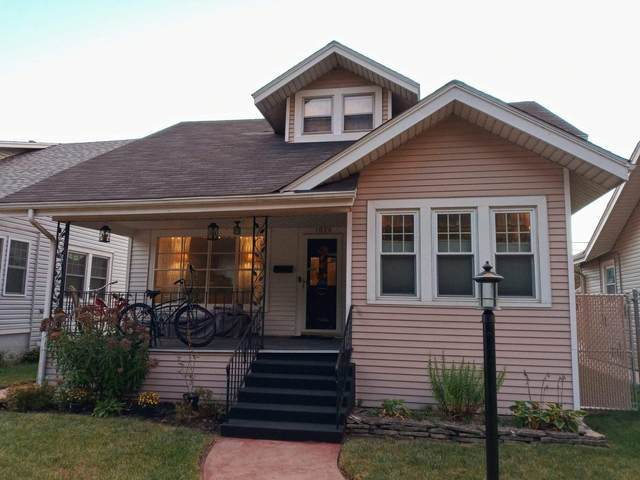 1928 Grand Ave, Racine, WI 53403 (#1764925) :: EXIT Realty XL