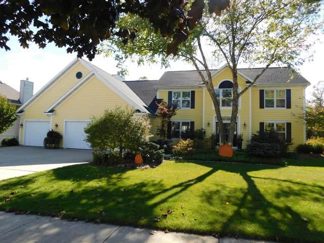 453 Deerwood Ct, Grafton, WI 53024 (#1768321) :: Tom Didier Real Estate Team