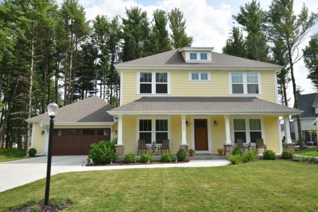 429 Park Ct, Hartland, WI 53029 (#1597768) :: RE/MAX Service First