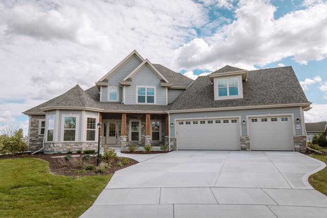 5744 N Little Star Ct, Menomonee Falls, WI 53051 (#1606799) :: RE/MAX Service First Service First Pros
