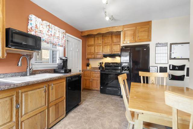 114 Broadway St, Sheboygan Falls, WI 53085 (#1679530) :: RE/MAX Service First Service First Pros