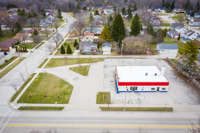 922 N Wisconsin St #926, Port Washington, WI 53074 (#1683323) :: RE/MAX Service First Service First Pros