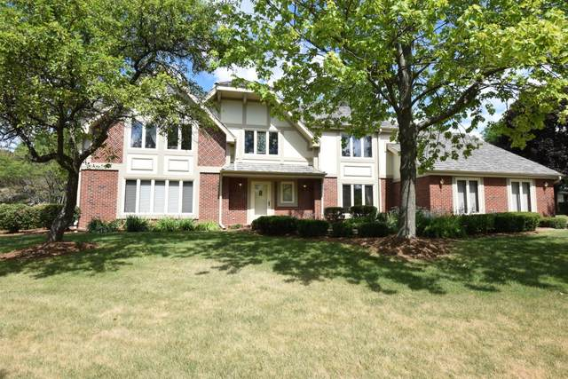 2435 Byron Ct, Brookfield, WI 53045 (#1690760) :: RE/MAX Service First