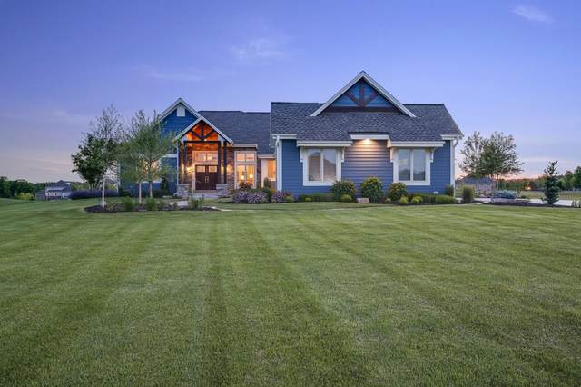 14172 N Bridal Path Ct, Mequon, WI 53097 (#1693603) :: OneTrust Real Estate