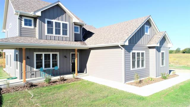 S87W34637 Knoll Rd, Eagle, WI 53119 (#1701758) :: OneTrust Real Estate