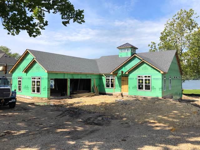 4425 South Shore Dr, Delavan, WI 53115 (#1565885) :: Tom Didier Real Estate Team
