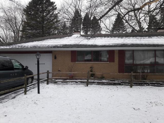 12120 44th Ave, Pleasant Prairie, WI 53158 (#1614218) :: Tom Didier Real Estate Team