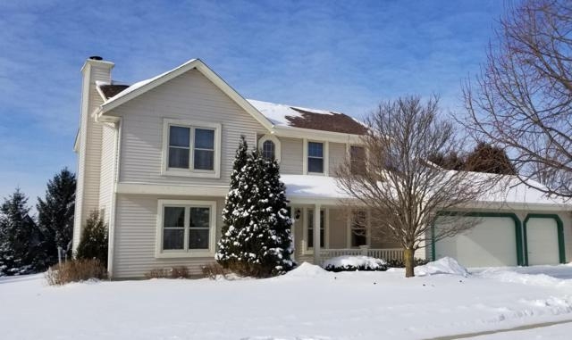 W208N16541 Glen Hill Dr, Jackson, WI 53037 (#1615676) :: Tom Didier Real Estate Team