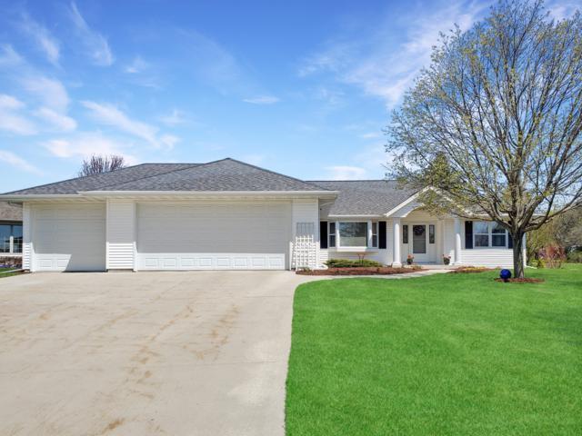 986 River Meadows Drive, Sheboygan Falls, WI 53085 (#1624495) :: Tom Didier Real Estate Team
