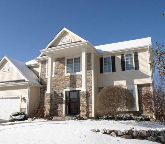 1822 Stonebridge Rd, Waukesha, WI 53188 (#1651910) :: Tom Didier Real Estate Team