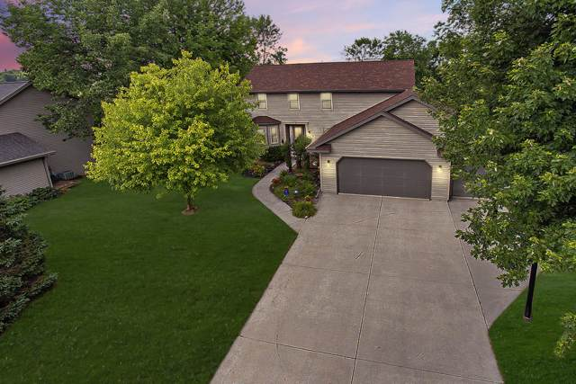 1208 Stonebridge Dr, Howards Grove, WI 53083 (#1653641) :: RE/MAX Service First Service First Pros