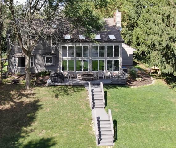 188 Riveredge Ct, Thiensville, WI 53092 (#1657418) :: Tom Didier Real Estate Team