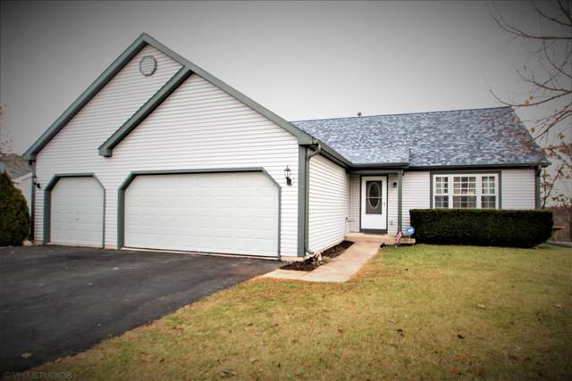 810 Oak Ridge Ln, Genoa City, WI 53128 (#1669071) :: Keller Williams Momentum