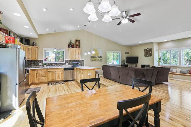 W3617 Park Dr, Geneva, WI 53147 (#1707512) :: RE/MAX Service First Service First Pros