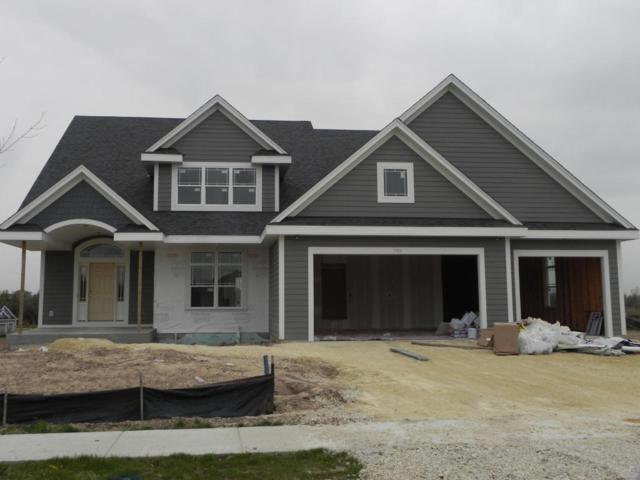 7901 W Highlander Dr, Mequon, WI 53092 (#1506118) :: Vesta Real Estate Advisors LLC