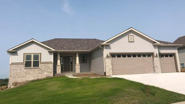436 Champlain Dr, Johnson Creek, WI 53038 (#1686896) :: Tom Didier Real Estate Team