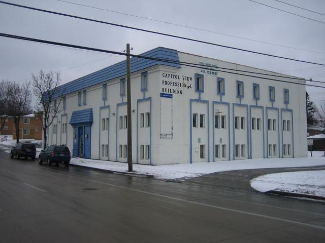 3953 N 76th St, Milwaukee, WI 53222 (#1505961) :: Vesta Real Estate Advisors LLC